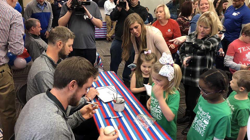 2019 rangers caravan buckner family hope center