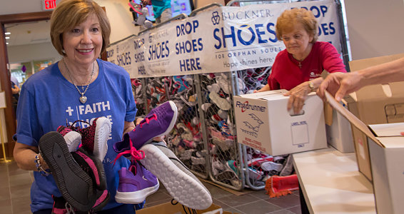 Houston church packs 7,000 shoes in 90 minutes