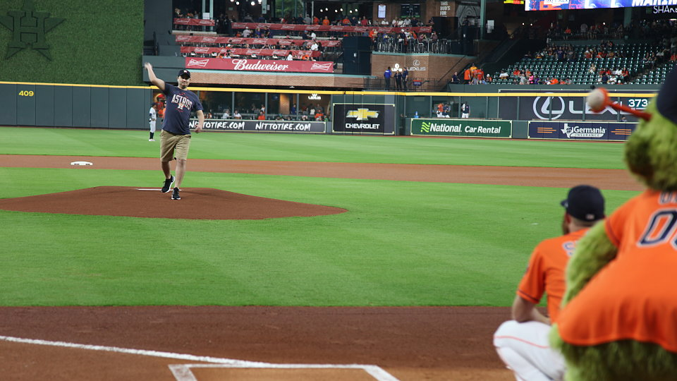 buckner recognized at houston astros baseball game