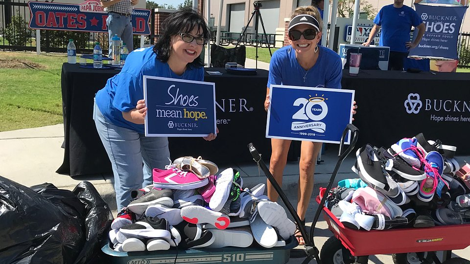 buckner shoes for orphan souls shoe drive with rangers player nomar mazara
