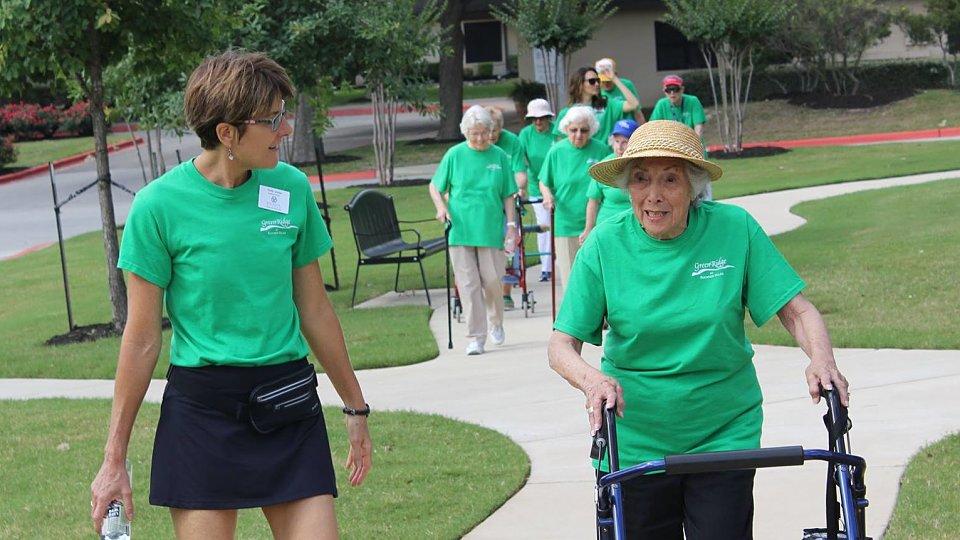 seniors walking for arthritis