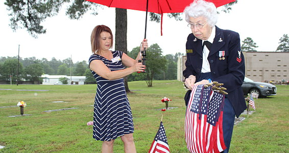 MEMORIAL DAY: Longview veterans lay flags on graves of fallen soldiers