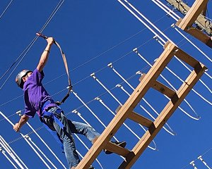 children balance on ropes course