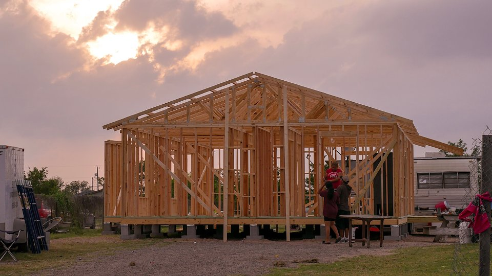 first baptist in lufkin builds home for buckner family