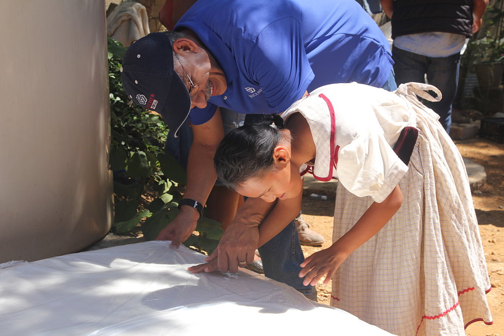 Mexico teenager receives first mattress from Buckner Mexico