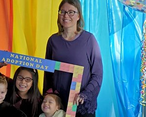 jami gatewood adopted three girls on national adoption day