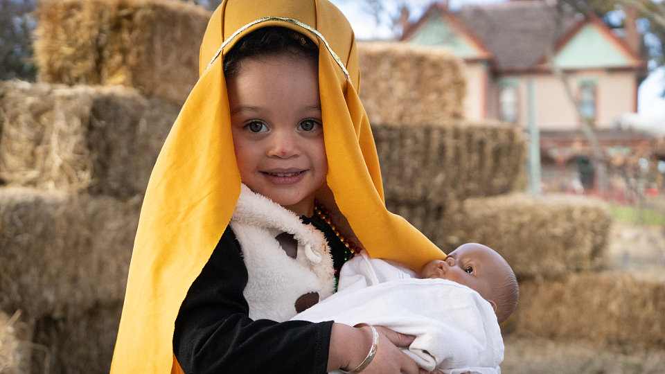 little journey carries baby jesus