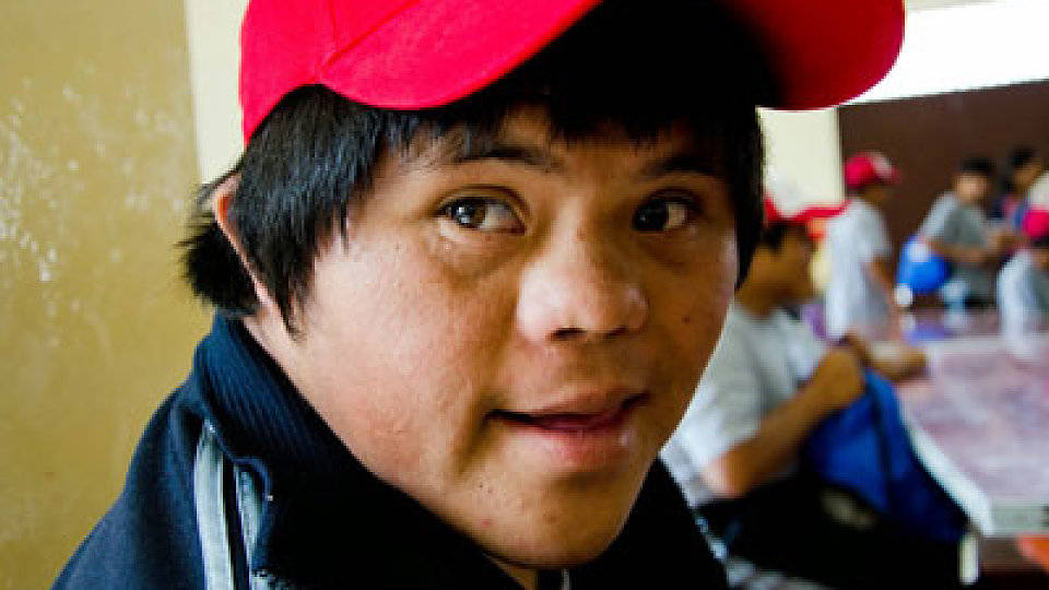 /images/r/media/image/14-12-peru-boy/c960x540/14-12-peru-boy.jpg