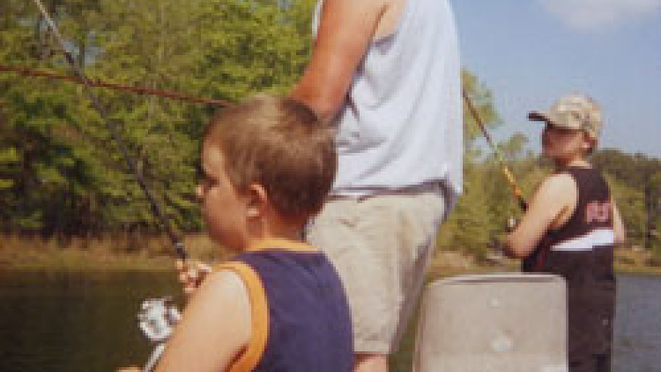 /images/r/media/image/dad-fishing-with-boys/c960x540/dad-fishing-with-boys.jpg