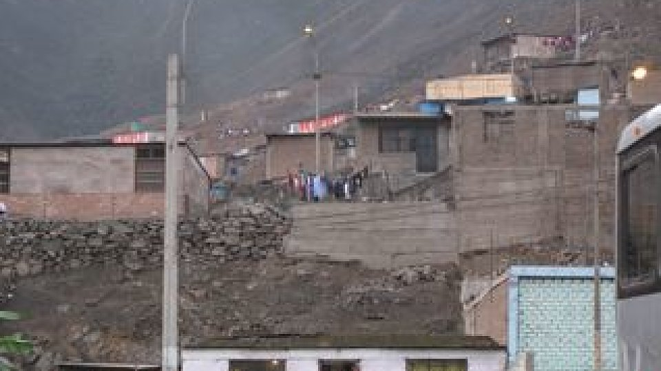 /images/r/media/image/peru-poverty/c960x540/peru-poverty.jpg