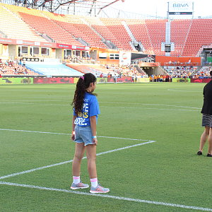 savanah-does-first-kick-at-buckner-night-at-houston-dash-3.jpg