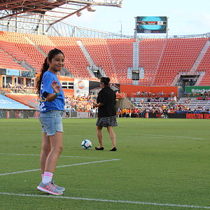 savanah-does-first-kick-at-buckner-night-at-houston-dash-4.jpg