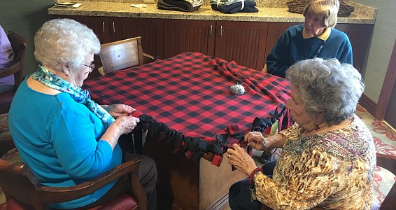 Austin seniors make blankets for the homeless