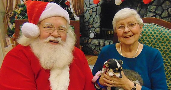 Friday photo: Beaumont seniors (and their pets) celebrate with Santa